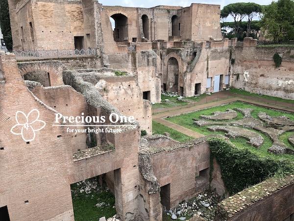 ローマ、パラティーノの丘の遺跡