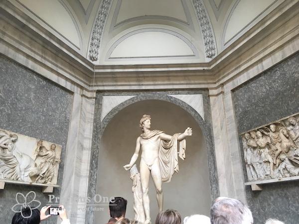 ヴァチカン美術館のヴェルベデーレのアポロ