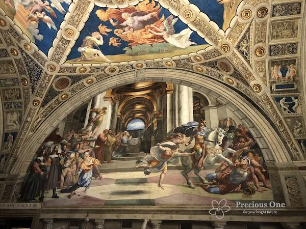 ヴァチカン美術館内ラファエロの間のヘリオドロスの神殿からの追放